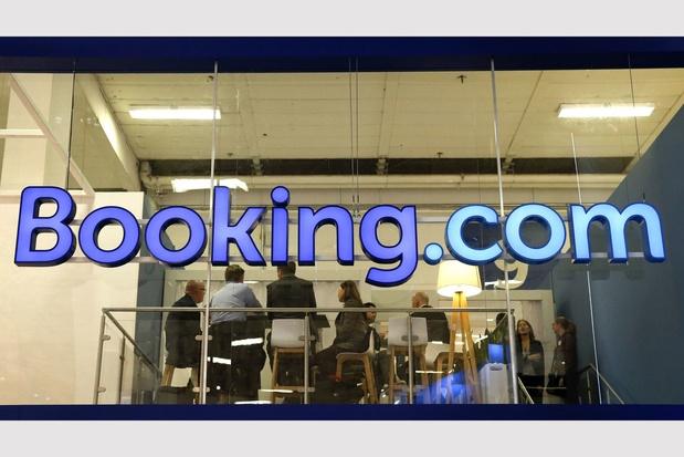 Booking.com licencie un quart de son personnel