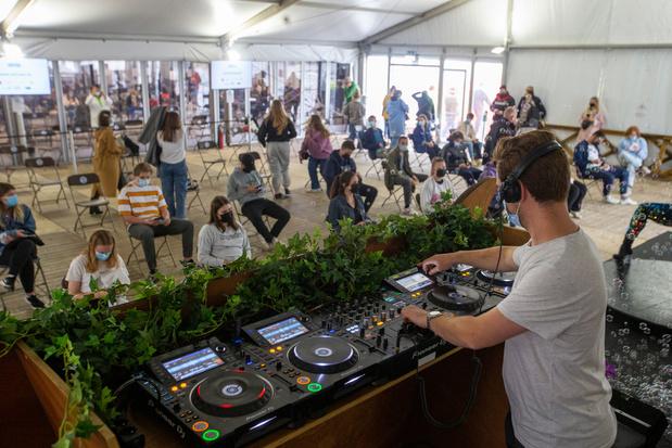Monologue d'été (1/4): DJ's partout, droits d'auteur nulle part!