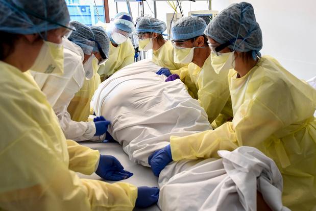 Près de 1.000 personnes entament début septembre une formation rémunérée en infirmerie