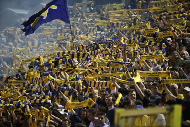 La chronique de Swann Borsellino: Vive les footballs
