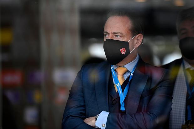 De Wever onder vuur in gemeenteraad over Let's Go Urban: 'Stadsbestuur staat met billen bloot'