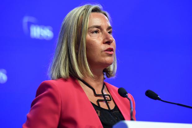 """Elargissement de l'UE: """"J'espère que les Etats membres vont comprendre ce qui est en jeu"""""""