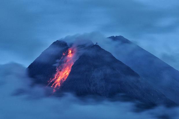 Indonesische vulkaan Merapi weer actief