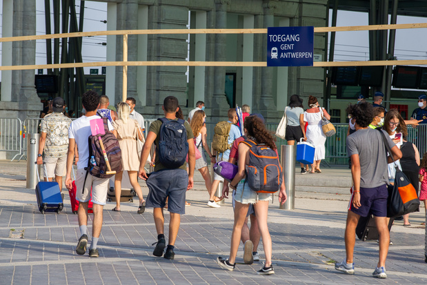 Le ministre De Crem exclut la fermeture des gares à la Côte