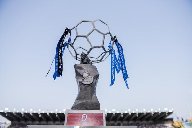 Saison terminée: Bruges champion, 16 clubs en D1A et des (mini) play-offs