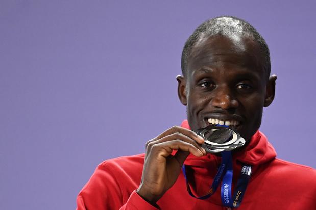 Opnieuw prijs op EK atletiek: Isaac Kimeli pakt zilver op de 3000 meter