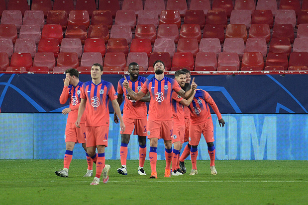Le PSG gagne à Manchester United, quadruplé pour Giroud à Séville