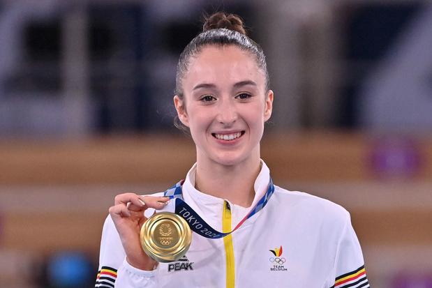 Goud! Nina Derwael is olympisch kampioene aan de brug met ongelijke leggers