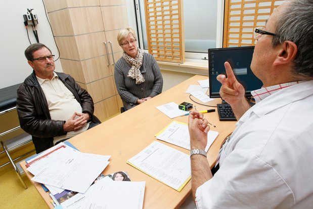 In 1 op 3 consulten met dove patiënten treden communicatieproblemen op