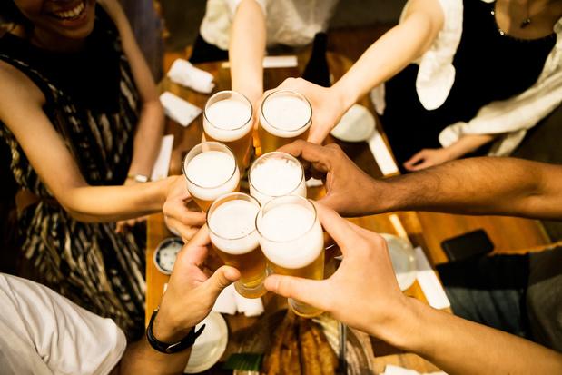 Nu kopen, straks drinken: in Café Solidair betaal je nu al je pintjes voor na de lockdown