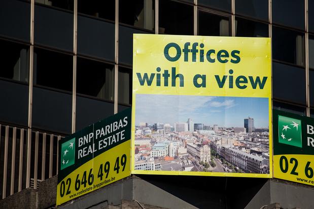 De plus en plus de bureaux anciens convertis en logements à Bruxelles (et la crise sanitaire accélère la mutation du marché)
