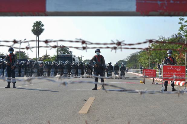 "Birmanie: ""mouvements de troupes"" dans Rangoun, la junte accentue la pression"