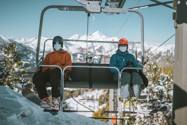 Oostenrijkse skigebieden kunnen toestroom aan lokale toeristen niet aan