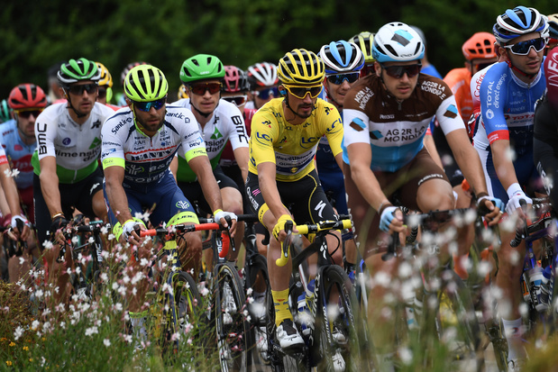 Tour de France: l'attaque des Vosges est lancée