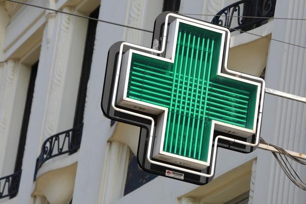 Frankrijk start teleconsultaties en vaccinaties in apotheken