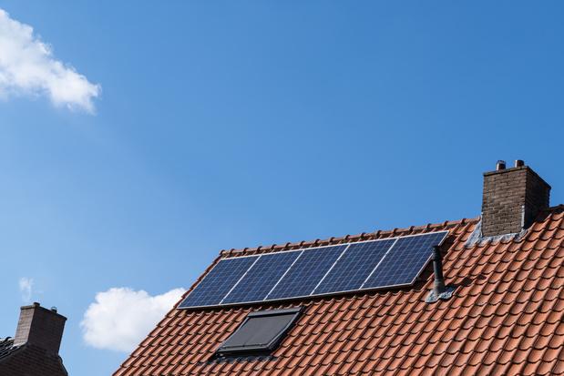 Panneaux solaires : les prosumers bruxellois vont devoir passer à la caisse