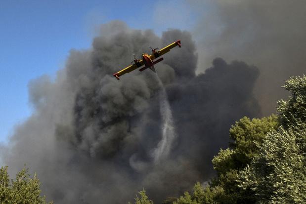 Grèce: vague de chaleur et incendie ravageur