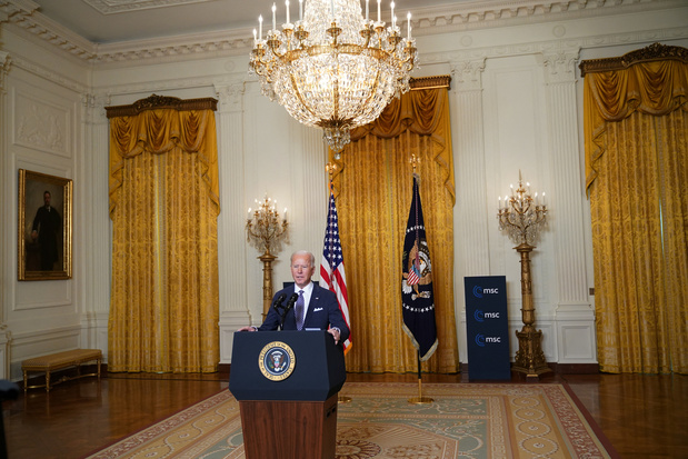 """Joe Biden proclame le """"retour"""" de l'alliance transatlantique"""