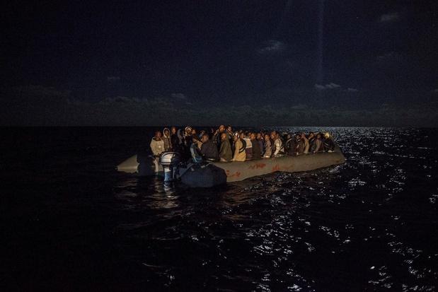 Des eurodéputés demandent à l'UE de rétablir le sauvetage en mer des migrants