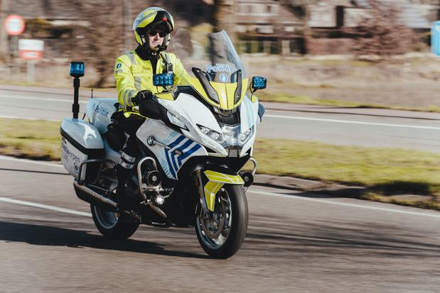 Antwerpse 'Zwaantjes' rijden BMW
