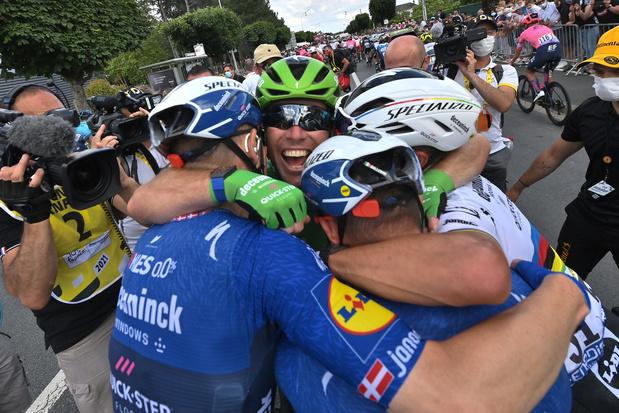 Cavendish heeft record Merckx beet: Britse spurtbom pakt 34ste zege in de Tour