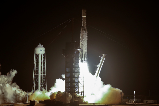 SpaceX lanceert Falcon Heavy in opdracht van het Pentagon