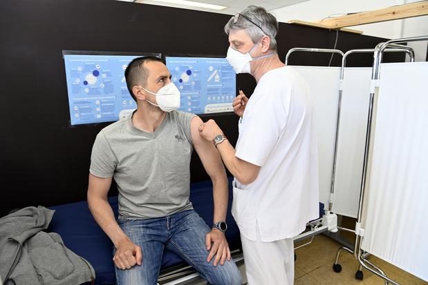 Half miljoen AstraZeneca-vaccins in mei