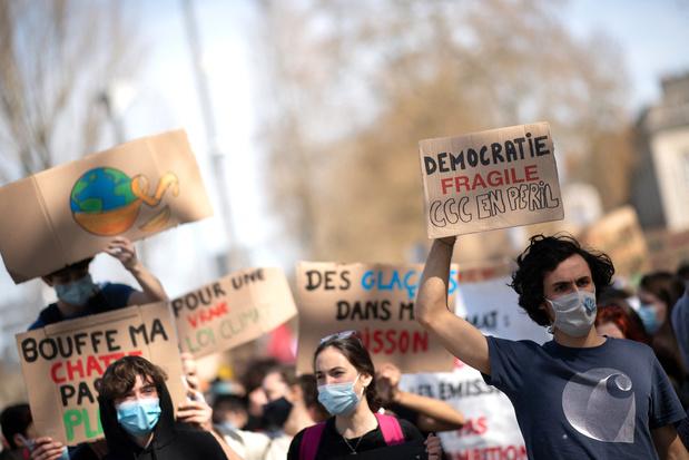 """France: """"Forte mobilisation"""" pour une """"vraie loi climat"""""""
