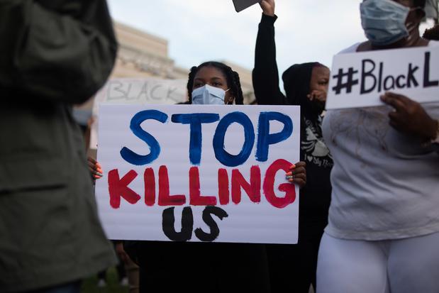 Décès de George Floyd: multiples manifestations malgré l'inculpation d'un policier