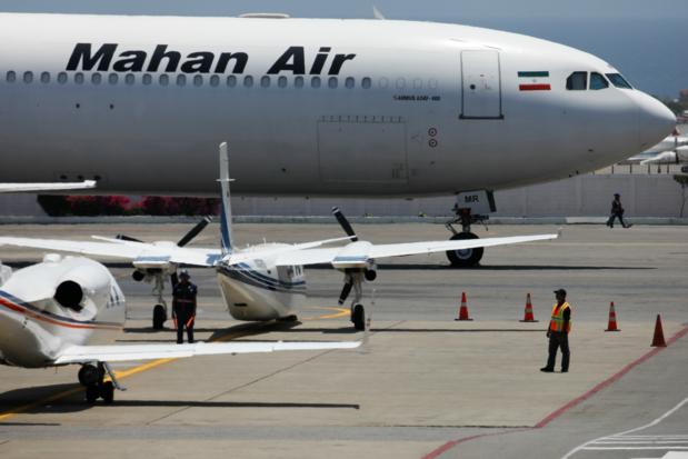 Iraans passagiersvliegtuig moet uitwijken voor twee straaljagers