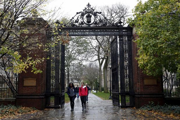 VS-regering vervolgt universiteit Yale wegens discriminatie van witte en Aziatische studenten