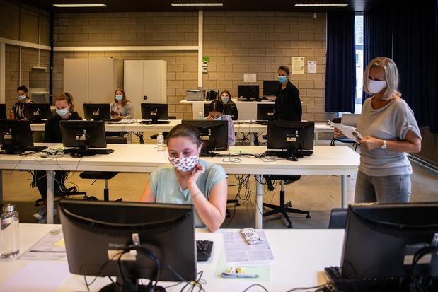 'Graag opnieuw digitaal toelatingsexamen'