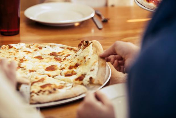 Franse chef doet wereldrecordpoging met pizza met duizend kazen