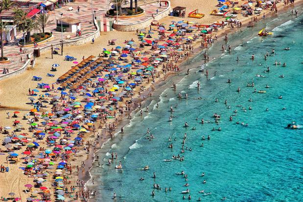 Driekwart minder toeristen in Spanje