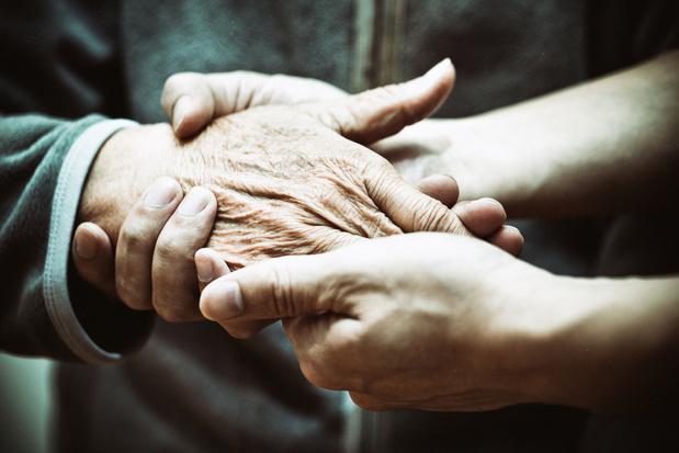 Comment la stigmatisation des personnes atteintes de démence garantit un manque de soutien approprié