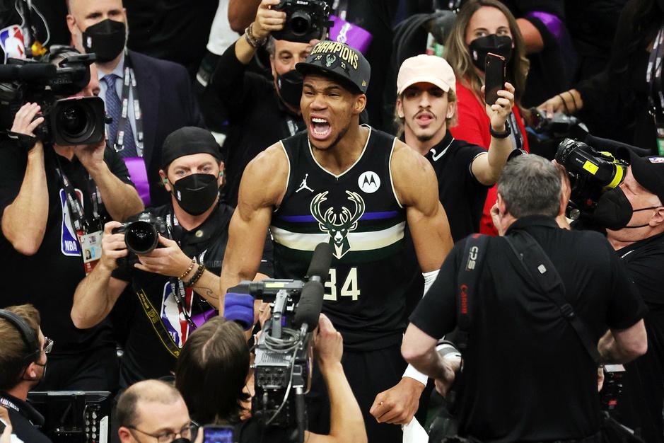 De moeilijke weg: hoe Giannis Antetokounmpo de Milwaukee Bucks naar de NBA-titel leidde