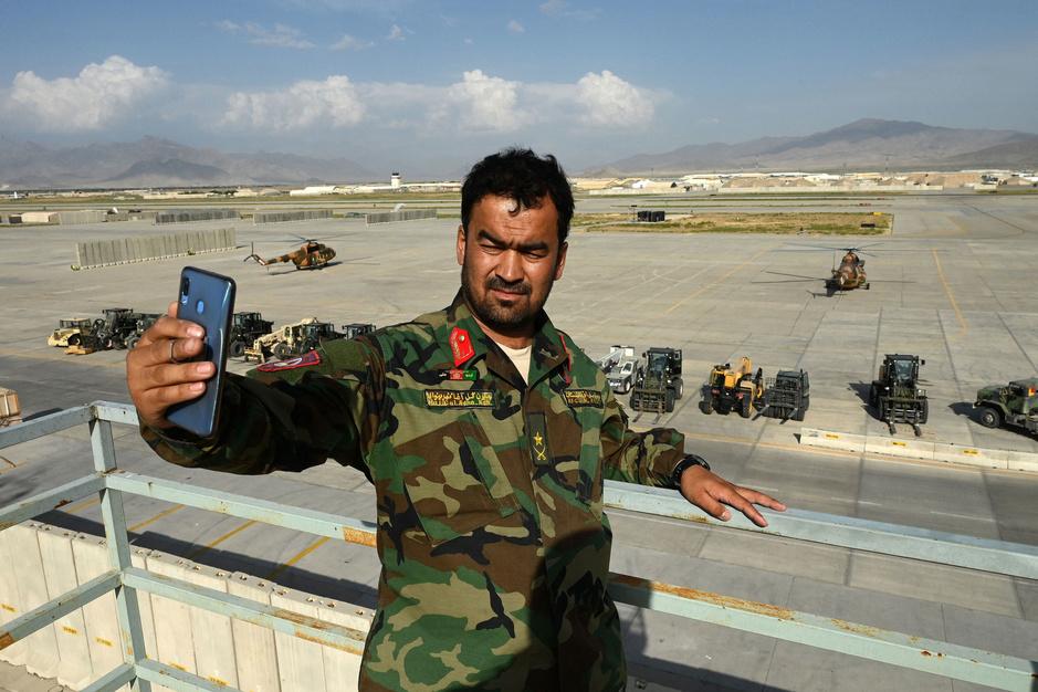 Oprukkende taliban, vluchtende soldaten: kritiek op VS-terugtrekking uit Afghanistan neemt toe