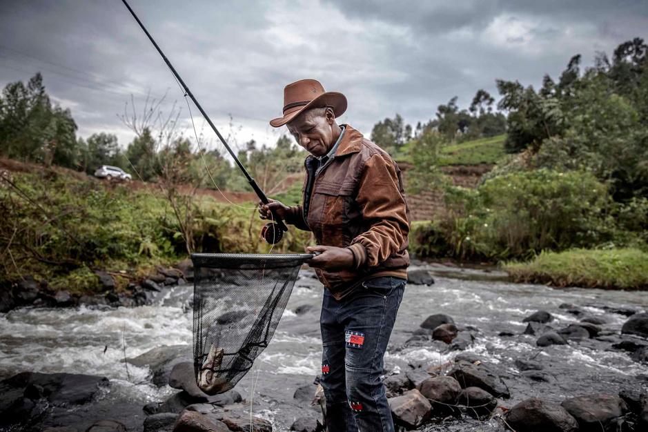 Au Kenya, le paradis des pêcheurs à la mouche
