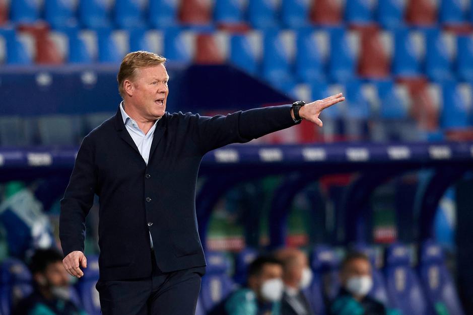 Barcelonavoorzitter Laporta bevestigt dat Koeman mag aanblijven