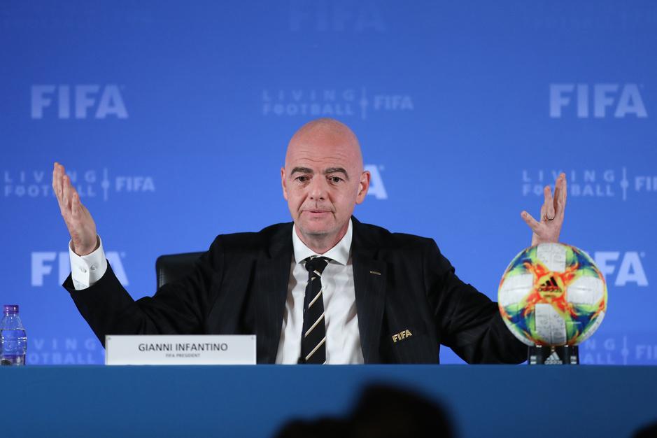 Vijf jaar Infantino bij de FIFA: hoe mr. Proper toch zijn handen vuil maakte