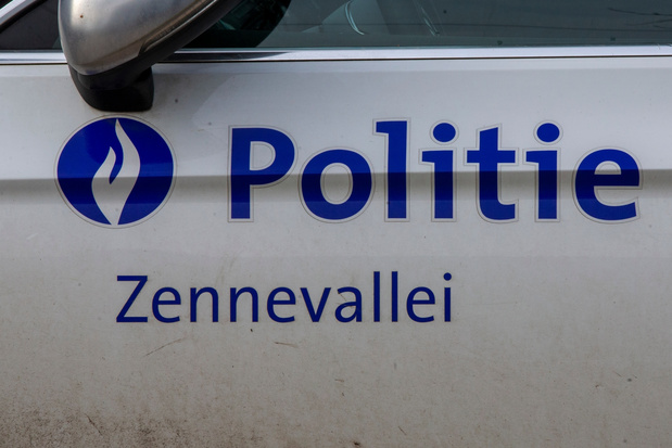 Raveparty met 300-tal aanwezigen stilgelegd in Sint-Pieters-Leeuw