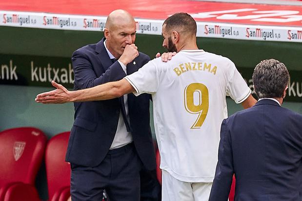 """La colère de Zidane: """"Absurde de suggérer qu'on gagne grâce à l'arbitre"""""""