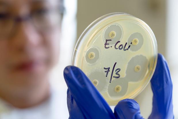 France: décès de Nolan, 10 ans, contaminé en 2011 par la bactérie E.coli