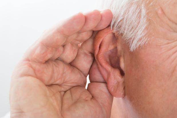 """""""Ook 50-plussers die goed horen hebben meer moeite om anderen te verstaan"""""""
