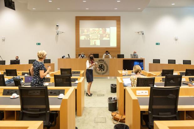 La commission spéciale covid de la Chambre approuve 134 recommandations