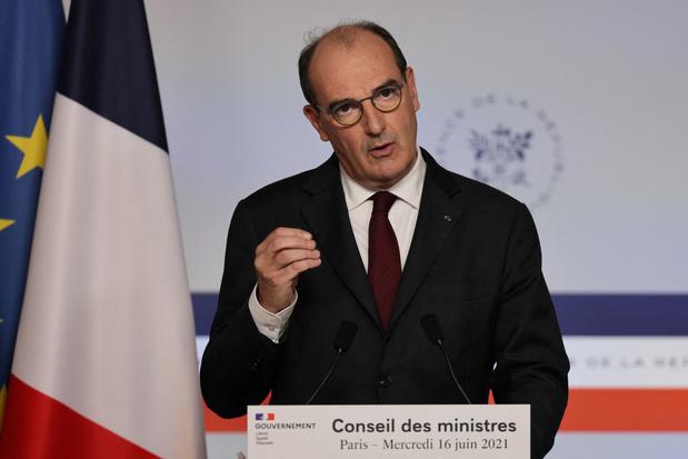 """Covid: """"la France fait actuellement face à une quatrième vague"""""""