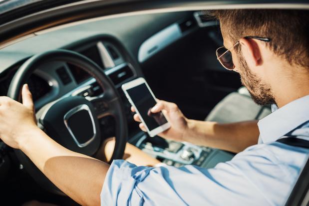 Les chauffeurs Uber ne pourront plus utiliser leur smartphone à Bruxelles
