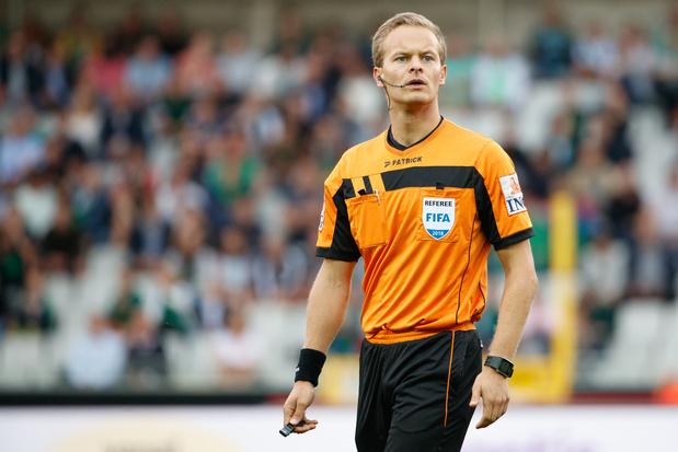 Footgate: Bart Vertenten réclame 130.000 euros à l'UB