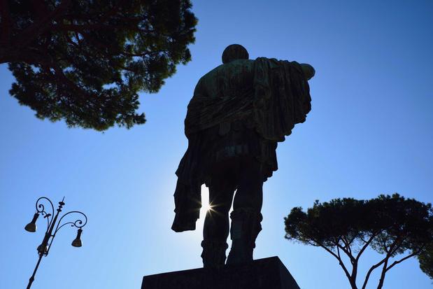 'Heeft de wereld in 2020 een nieuw standbeeld van Julius Caesar nodig?'