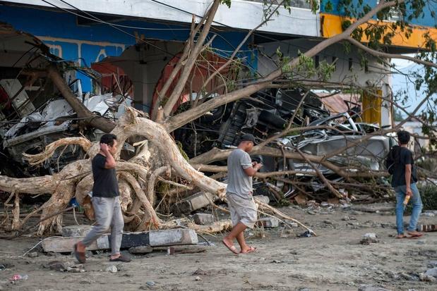 L'Indonésie frappée par un violent séisme de magnitude 7,3, pas de risque de tsunami